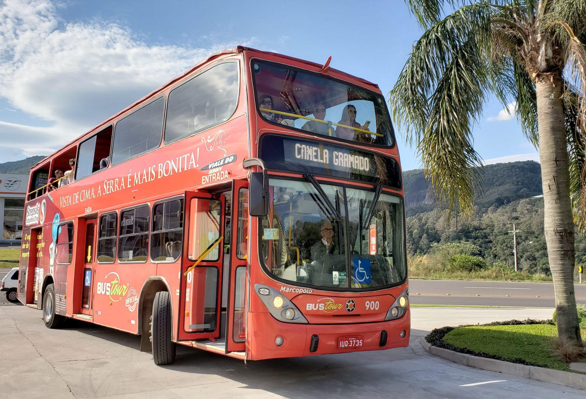 O belo ônibus do Bus Tour