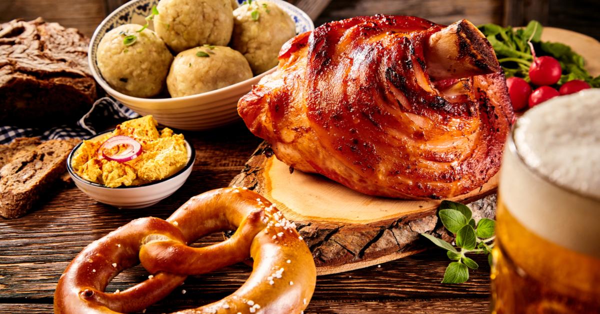 Joelho de porco, um dos pratos mais tradicionais da gastronomia alemã.
