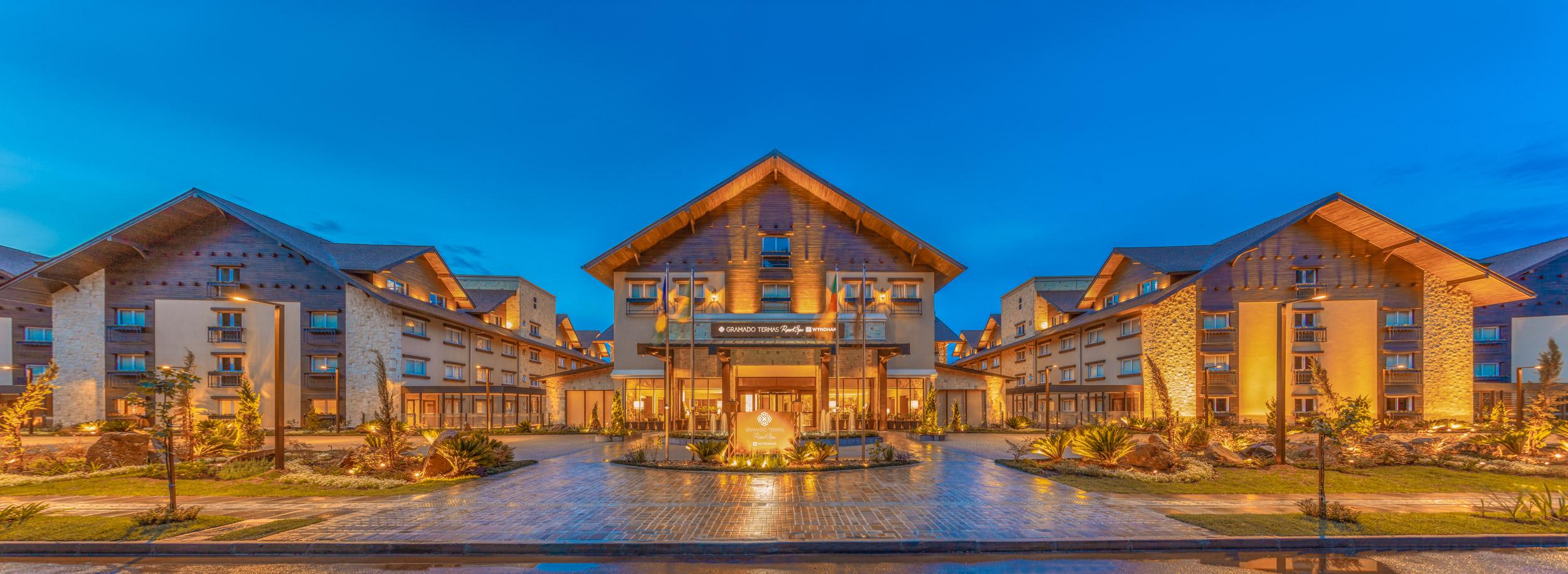 Fachada do Wyndham Gramado Termas Resort SPA